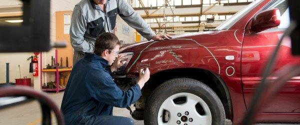 Maaco: Employees repair collision damage